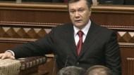 Janukowitsch als Präsident vereidigt