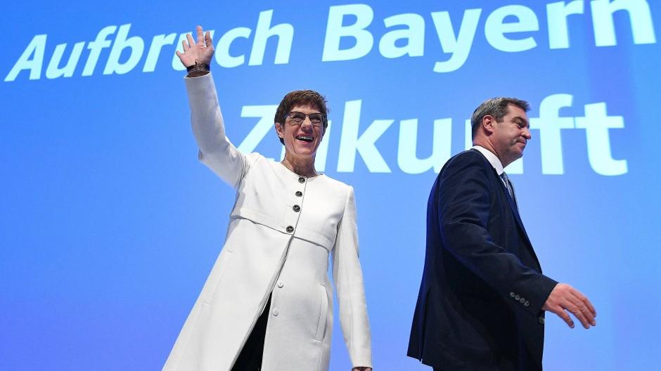 """""""Es ist alles ein zartes Pflänzchen"""", so Markus Söder auf dem CSU-Parteitag."""