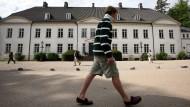 Ein Platz im Internat Louisenlund kostet im Jahr 40000 Euro. Jedes zehnte Kind in Deutschland geht inzwischen auf eine Privatschule