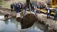 Den Wassermassen entrissen: Statue von Ramses II.