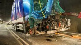 Schwerer Unfall im Gotthardtunnel