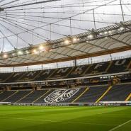 Leere Ränge: Wie will die Eintracht Zuschauer sicher in das Stadion bringen?