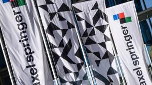 Will KKR das Medienhaus Axel Springer zerschlagen?
