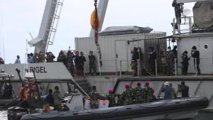 Einsatzkräfte finden Leichenteile im Meer
