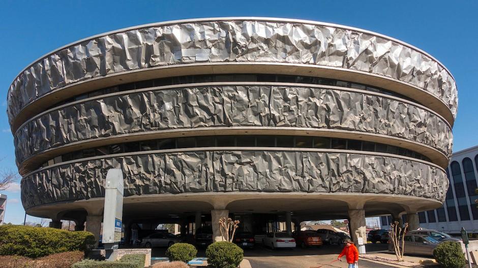 Von einem Ufo oder einem Donut inspiriert? Bürogebäude von Markel in Richmond, Virginia