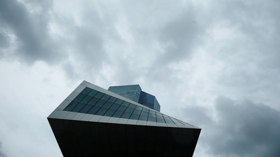 Umstrittener Anleihenkauf: EZB berät über Zukunft des Programms