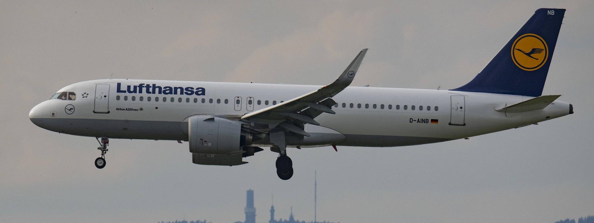 Aktionäre kritisieren vage Lufthansa-Pläne
