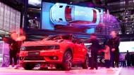 Im Rückwärtsgang: Der chinesische Hersteller Geely kämpft gegen sinkende Umsätze und spart sich auch die Automesse in Frankfurt.