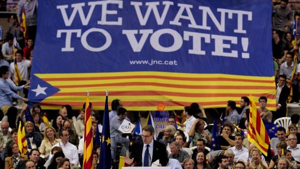 Katalonien verzichtet auf Referendum über Unabhängigkeit