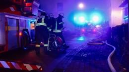 Siebenjähriges Kind stirbt nach Wohnhausbrand