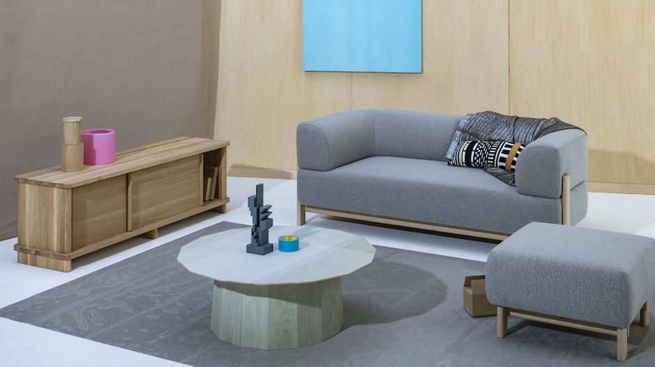 Das Sofa Elephant von Christian Haas fügt sich in den minimalistisch aber multifunktionalen Stil ein.