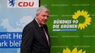 Volker Bouffier (CDU), Ministerpräsident des Landes Hessen, zu Beginn der Koalitionsverhandlungen von CDU und Grünen Ende November.