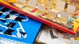 Einbrecher plündert Adventskalender und schläft am Tatort ein