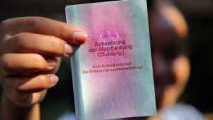 Scharfe Kritik an Asylgesetz