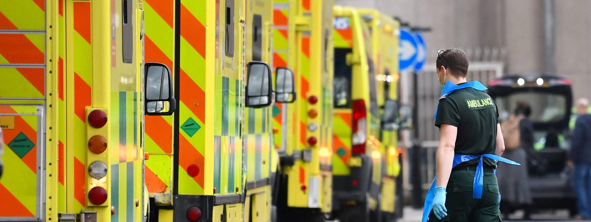 Britische Klinikbetreiber fürchten jahrelangen Patienten-Rückstau