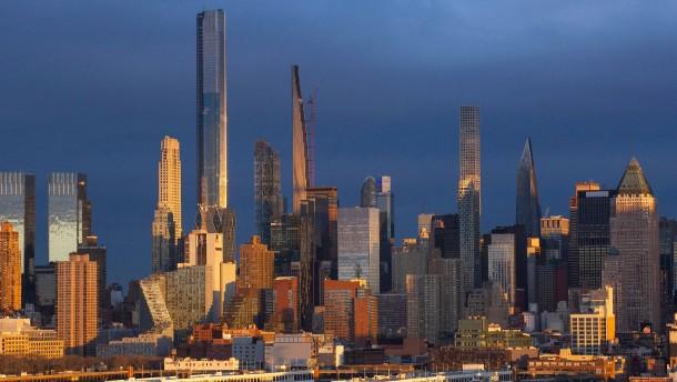 """Makler führt durch New Yorks """"schlechteste Wohnung aller Zeiten"""""""