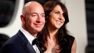 Im Grunde funktionierte ihre Ehe wohl auch nicht anders als die von normalen Menschen: Jeff und MacKenzie Bezos auf einer Oscar-Party 2018.