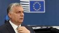 Premierminister Viktor Orbán scheint mit Hilfe seines Unterstützers Gulyás eine Annäherung mit der EVP zu suchen.
