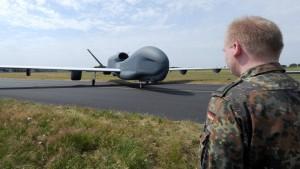 Euro Hawk soll bald ersetzt werden