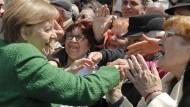 Bad in der Menge: Merkel beim informellen EU-Gipfel im siebenbürgischen Hermannstadt am Donnerstag