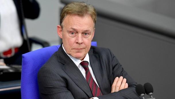 Bundestagsvizepräsident Oppermann beleidigt Parteifreund