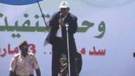 Den Haag erlässt Haftbefehl gegen Baschir