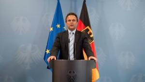 Friedrich will Visumfreiheit von Serben und Mazedoniern aussetzen