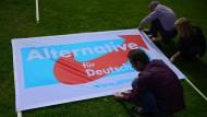 Arbeitet die AfD in Nordrhein-Westfalen mit rechten Parteien zusammen?