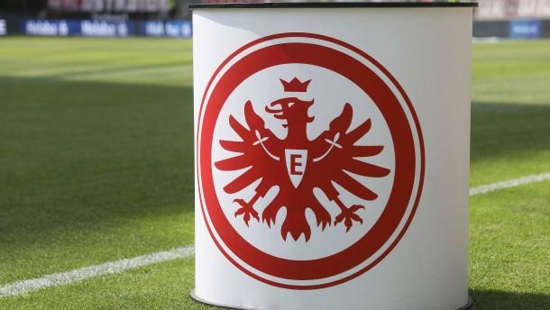 Frankfurt in Europa mit Zuschauern – Geisterspiel in der Liga