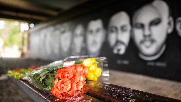 Graffito erinnert an Opfer des Anschlags von Hanau