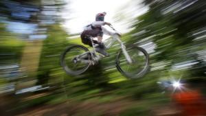 Trails nach Waldschäden für Mountainbiker wieder befahrbar