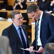 Links und rechts: Ramelow und Höcke im Januar 2018 im Thüringer Landtag