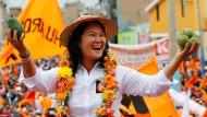 Selbsternannte Anwältin der Armen: Präsidentschaftskandidatin Fujimori beim Wahlkampf in Huacho.
