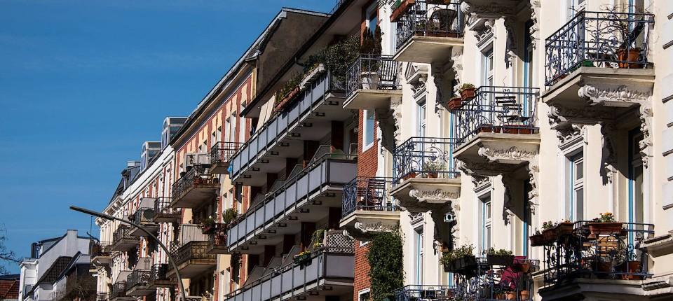 Trotz Krise hohe Nachfrage nach Wohnungen: Niedrige Zinsen würden Wohnimmobilien zu einer attraktiven Anlage machen, meint Sebastian Wagner von Hausgold.