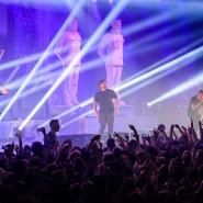 """""""Dabei sterben nur alte, weiße Männer!"""", witzelten die Rapper der Band KIZ bei einem Konzert Anfang März in Anspielung auf die Covid-19-Infektionen."""