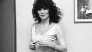 Wenn die Schauspielerin lange genug gut genug ist, wird sie erleben, dass Drehbuch und Regie ihr die Rollen passend zuschneiden: Iris Berben 1982.