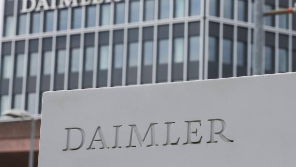 Daimler will Tesla mit Batterien schlagen
