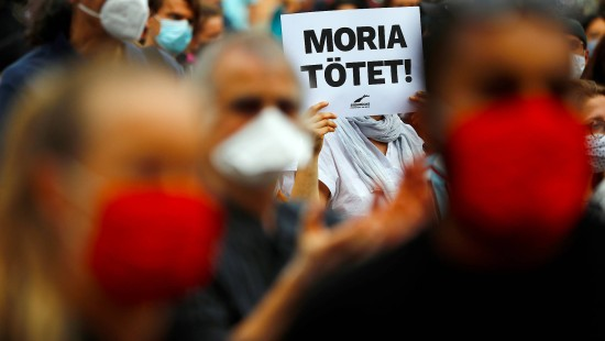 Bundesweite Proteste nach Brand in Moria