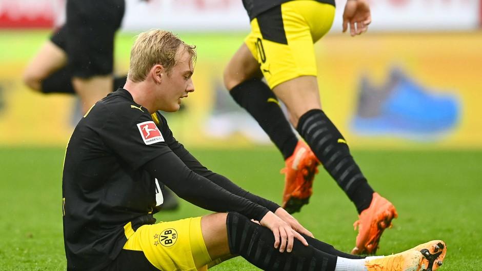 Auf dem Boden der Tatsachen: Dortmund verliert gegen Augsburg 0:2.