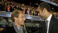 Einst im April 2009: Bayern-Trainer Klinsmann (l.) und Barcelonas Coach Pep Guardiola