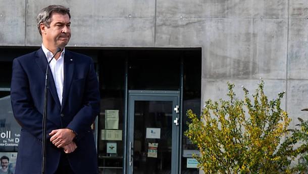 Söder will 250 Euro Bußgeld für Maskenverweigerer