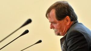 Roewer kritisiert Arbeit von NSU-Ermittlern