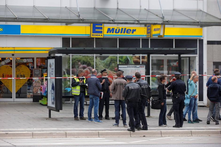 Der Tatort im Hamburger Stadtteil Barmbek: Hier starb ein Mann nach einer Messerattacke – mehrere wurden schwerverletzt.