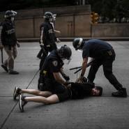 Auf den Boden: Szene aus New York vom Dienstag