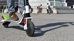 E-Scooter in Bussen und Bahnen erlaubt