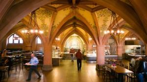 Zaudern im Frankfurter Rathaus