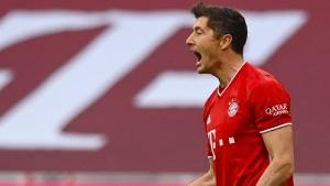 Wie kommt der FC Bayern durch diese Saison?