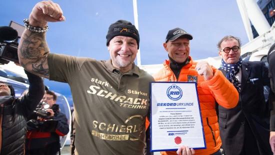 Franz Müllner dreht Riesenrad an