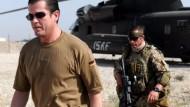 Guttenberg besucht Afghanistan