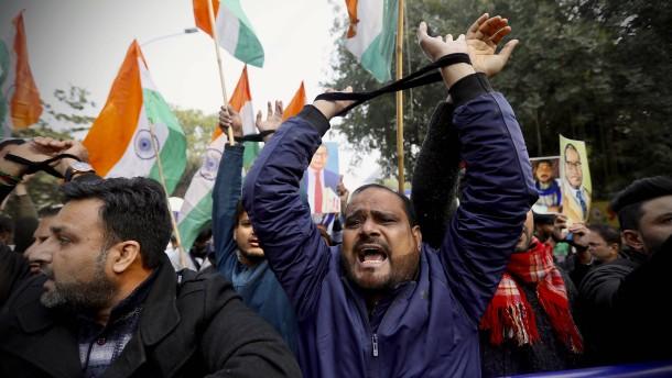 Indien sperrt Internet teilweise